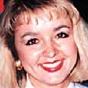 KIMT reporter JODI SUE HUISENTRUIT has been missing from Mason City, IA since 27 Jun 1995 - Age 27